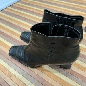 Life stride ankle boots barely used